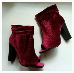 7186b750792a Privileged by J. C. Dossier Shoes - Privileged wine Misha velvet ankle boots  size 6